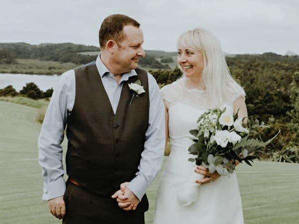 Lucky in Love Weddings, Wedding Celebrant, West Auckland Weddings, Same Sex Weddings